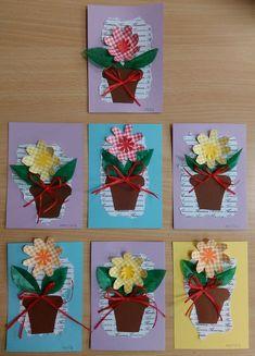 Přáníčko pro maminku - kombinace různých druhů papíru.