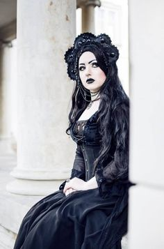 Gothic and Amazing Gothic Dress, Gothic Outfits, Gothic Lolita, Goth Beauty, Dark Beauty, Tribal Fusion, Bettie Page, Death Metal, Cyberpunk