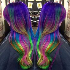 Tropical neon #pravanavivids #mermaidians #unicorntribe #modernsalon #dyeddollies #electricchairsalon