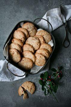 Schnelle Plätzchen mit gebrannten Mandeln | Foodlovin'