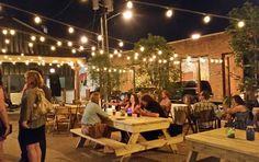 Pecan Lodge in Dallas | patio