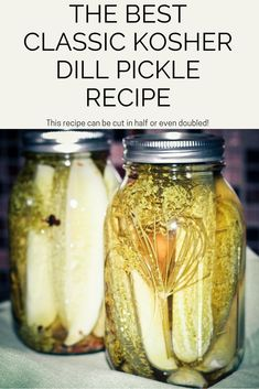 The Best Classic Kosher Dill Pickle Recipe is the one that make the pickles that are literally the best classic dill pickle you remember from your youth. Make delicious, authentic Kosher Dill Pickles at home with this easy recipe. Canning Dill Pickles, Garlic Dill Pickles, Kosher Dill Pickles, Claussen Pickles, Butter Pickles, Home Canning Recipes, Cooking Recipes, Canning 101, Cooking Food