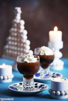 Luumukiisseli | Kotivinkki Finnish Recipes, Kermit, Christmas Is Coming, Panna Cotta, Sweet Tooth, Goodies, Food And Drink, Candles, My Favorite Things