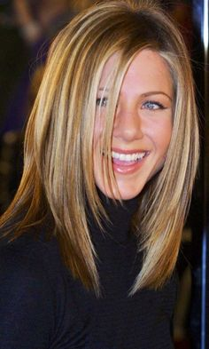 Jennifer Aniston | Hair  She is such a natural beauty!
