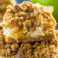 Caramel Apple Cheesecake Bars | The Recipe Critic
