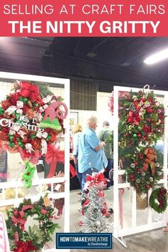 Craft Show Booths, Craft Show Displays, Display Ideas, Craft Fair Ideas To Sell, Craft Show Ideas, Indoor Crafts, Wreath Crafts, Wreath Ideas, Crafts To Do