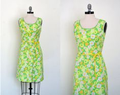 Vintage 1960s Dress // 60s Floral Dress // Daffodil Fields Dress