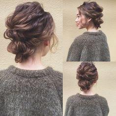 トレンドのアクセサリーを使ったアレンジも素敵ですが、たまにはノーアクセでアレンジしてみるのもおすすめです。ヘアアクセサリーを使わなくても、大人っぽくラフで華やかになれるヘアアレンジを6つ紹介いたします。 Short Hair Updo, My Hairstyle, Bride Hairstyles, Pretty Hairstyles, Curly Hair Styles, Hair Arrange, Hair Setting, Hair Images, Grunge Hair