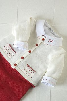 Grey and white baby cardigan no pattern just a suggestion f garden – Mari Munhoz – Join the world of pin Baby Knitting Patterns, Knitting For Kids, Baby Patterns, Knitted Baby Cardigan, Baby Pullover, Crochet Videos, Baby Sweaters, Baby Sewing, Baby Dress
