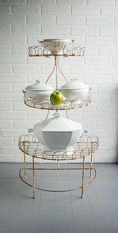 beautiful vintage 3 tier wire plant stand