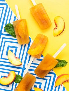Savor the flavors of summer with these delicious minty peach tea punch ice pops! They can be served over ice as a punch too! #Punch4Everybody #ad