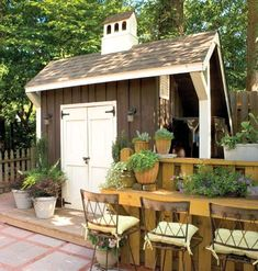Outdoor shed Ideas #tinyhouse