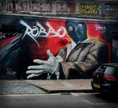 Street artist Adnate does London tribute to Robbo | London Shoreditch Street Art Tours