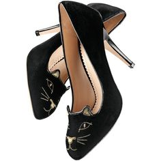 Charlotte Olympia Cat-Face Velvet Pump (€335) ❤ liked on Polyvore featuring shoes, pumps, heels, charlotte olympia, обувь, women, velvet shoes, slip on pumps, metallic heel shoes and round cap