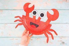 Learn how to make this Paper Plate Crab Craft with our easy to follow step-by-step tutorial. Crabs are the perfect subject for a Summer craft session with the kids and this super easy crab craft will delight Arty Crafty Kids with its easy to color and cut shapes. Christmas Toilet Paper, Toilet Paper Crafts, Paper Plate Crafts For Kids, Easy Crafts For Kids, Summer Crafts, Toddler Crafts, Kids Christmas, Paper Plate Crab, Paper Plates