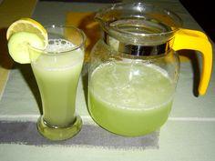 Zdobíme plátky okurky a citronu (limetky)