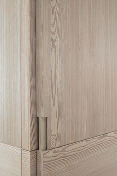 Home Knokke by Nathalie Deboel Stairs And Doors, Windows And Doors, Interior Walls, Luxury Interior, Furniture Sets Design, Door Detail, Textile Texture, Interior Design Studio, Wall Treatments