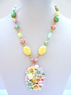 Vintage Necklace, Pink Green Yellow Assemblage Necklace, Repurposed Necklace, Vintage Jewelry, vintage Jewellery, Retro Jewellery