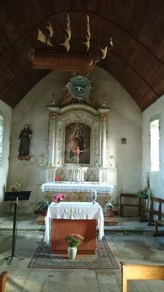 http://simply-chateau.blogspot.com/2013/12/la-chapelle-saint-simeon.html