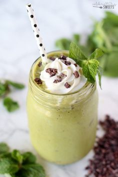 Healthy Mint Chocolate Chip Smoothie - A thick and creamy plant-based smoothie filled with fresh mint and chocolate. A healthy breakfast, snack or dessert that tastes similar to a mint chip milkshake.