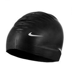 Los Goggles Entrenamiento de Nike están equipados con estilo y flexibilidad para resistir tu tiempo bajo el agua.