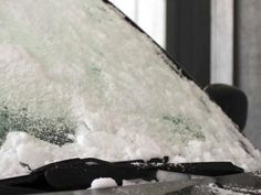 This is sooo easy! -DIY Network shares the best method for de-icing a car windshield, plus learn how to make de-icer from simple household ingredients. Ice Car, 1000 Lifehacks, Emergency Preparation, Emergency Preparedness, Ice Scraper, Dishwasher Detergent, Car Hacks, Easy Cocktails, Diy Network