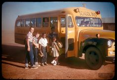 """Vintage School Bus Pics """"Waiting for the School Bus"""" In 1957 In Lubbock, Texas USA Old School Bus, School Bus Driver, School Daze, School Buses, School Stuff, Photos Du, Old Photos, Old Pictures, Retro Bus"""