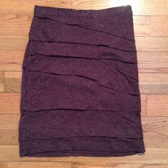 Anthropologie purple pencil skirt wool GUC sz 6 GUC no issues. Worn once or twice Anthropologie Skirts Pencil