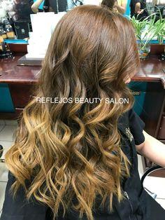 Tono de #Balayage recomendado para morenas en tono Brown Hiar Caramel Mocha...hermoso ❤️  HAZ TU CITA San Pedro Sula, Plaza Primera Calle 2da Planta, 1ra calle 6 y 7 Ave. Bo. Guamilito, contiguo a Pizzeria Italia. Tel: 2516-1419 Whatsapp: 9783-0239 San Pedro Sula, Plaza, Long Hair Styles, Beauty, Quote, Hue, Lounges, Brunettes, Sweetie Belle