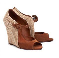 Sapatos para arrasar: salto alto Schutz 2012!