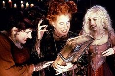 Haunted Movies on the Common: Hocus Pocus | North Shore Kid and ...