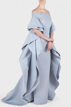 Christian Siriano Silk Off Shoulder Ruffle Cape Gown Designer Evening Gowns, Designer Dresses, Evening Dresses, Elegant Dresses, Pretty Dresses, Cape Gown, Royal Dresses, Beautiful Gowns, Classy Outfits