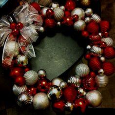 Christmas wreath! Easy DIY project(: