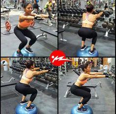 #Repost @angiefitpma @powerclubpanama Squats en la bosu. Trabajando el equilibrio y fortaleciendo mi centro abdominal #YoEntrenoEnPowerClub Además de darle variedad a mi entrenamiento. #gymtime #gymlife #squats #fitgirl #personaltrainer #workout #legday #fitness #fitfam #body #motivation #fitfam #gym #lift  #lifestyle #cardio #gains #fitspo #training #panama #abs #fitnessmodel #instafit #fitmodel #fitnessaddict #weightloss #aesthetics