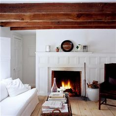 fireplace / open-beamed Ceilings