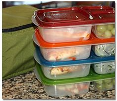 I just recently ditched the plastic baggies for the kiddos lunches - I wish I had known about these sooner!!