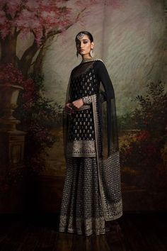 By designer Sabyasachi Mukherjee. Shop for your wedding trousseau, with a personal shopper & stylist in India Indian Wedding Outfits, Pakistani Outfits, Indian Outfits, Sharara Designs, Moda India, Indie Mode, Indian Look, Indian Designer Outfits, Designer Dresses