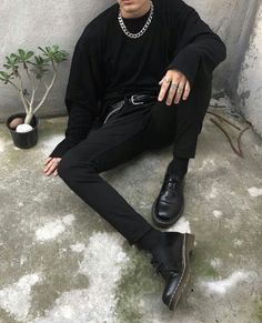 191 sublime urban fashion streetwear outfit ideas - Men's fashion, style shapes and clothing tips Grunge Outfits, Tumblr Outfits, Edgy Outfits, Classy Outfits, Fashion Outfits, Fashion Tips, Hijab Fashion, Fashion Hacks, Work Outfits