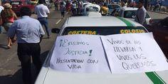 Transportistas protestan en la Av. Costera de Acapulco, Guerrero - http://www.notimundo.com.mx/estados/transportistas-protestan-la-av-costera/