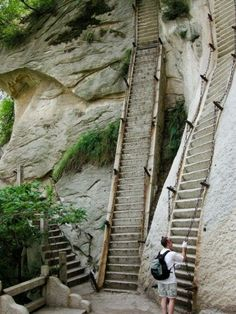 The steepest stairs in the world. Huashan is one of China's five sacred mountains and one of the country's most popular tourist destinations. Good workout I bet! Places Around The World, The Places Youll Go, Places To See, Scary Places, Sacred Mountain, Stone Mountain, Mountain High, Mountain Range, Stairway To Heaven