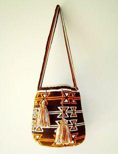 fair trade DESERT ROAD wayuu mochila bag