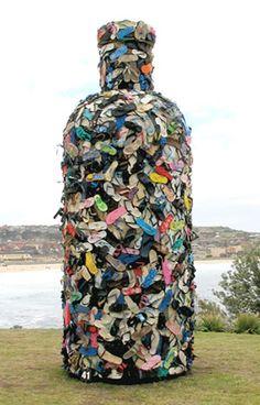 John Dahlsen - Environmental Art, Recycled Art and Abstract Paintings . John Dahlsen – environmental art, recycled art and abstract paintings Land Art, Environmental Sculpture, Waste Art, Sea Sculpture, Recycled Art Projects, Recycled Materials, Recycling, Trash Art, Plastic Art