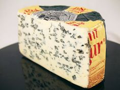 Saint agur :: A soft blue cheese from the Auvergne region of central France