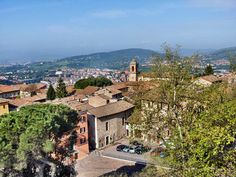Located Near Sina Brufani Hotel, Perugia (Italian pronunciation: Italian Pronunciation, Perugia Italy, Paris Skyline, Grand Canyon, Bing Images, History, City, Places, Travel