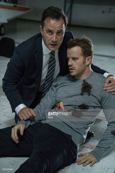 Tim DeKay and Rob Kazinsky in the 'From Darkness, The Sun' episode of SECOND… Second Chances, Robert Kazinsky, Pacific Rim, Darkness, Actors & Actresses, Eye Candy, Comedy, Tv Shows, Seasons