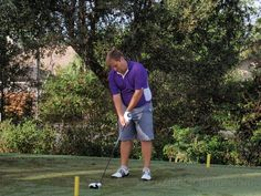 Gavin Dear playing the golfslinger.com tour in Florida, wearing our Purple/ White Polo #golow #golf #winning