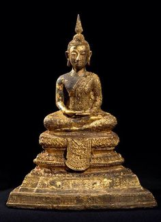 A Thai Buddha Statue, Buddha Statues, Art Thai, Buddhist Art, Deities, Buddhism, Sculptures, Bagan, Jade Green