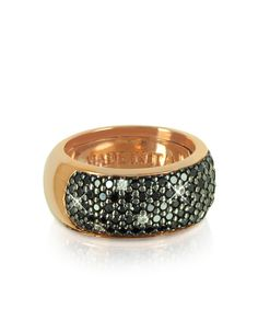Catch the attention of many an admirer in this sparkling trinket . A rose gold hued sterling silver band is enhanced by a radiant display of black cubic zirconia crystals. A perfect blend of modern glamour. An internal adjustable band allows for a perfect fit up to a US size 6.5. Signature box included. Handmade in Italy. #jewelry #fashion #style #women #decoration #gem