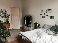 Spanish Home Interior I like this idea. Cool idea for redesign rooms change your space. Home Interior I like this idea. Cool idea for redesign rooms change your space. Dream Rooms, Dream Bedroom, Home Bedroom, Bedroom Decor, Bedrooms, Bedroom Furniture, Kids Bedroom, Master Bedroom, Design Bedroom