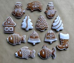 Christmas Gingerbread, Gingerbread Cookies, Christmas Cookies, What Is Christmas, Coffee Time, Cookie Decorating, Cookie Recipes, Christmas Decorations, Cake